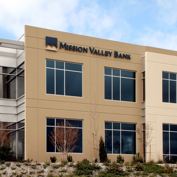 Mission Valley Bank Centre Pointe Branch